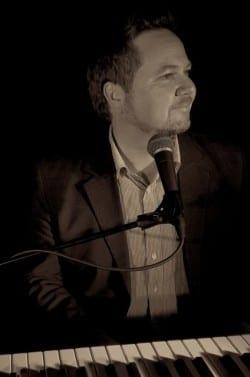 Jørgen Larsen – pianobar med det lille ekstra